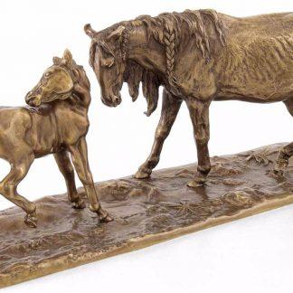 "Бронзовая статуэтка ""Лошади"""