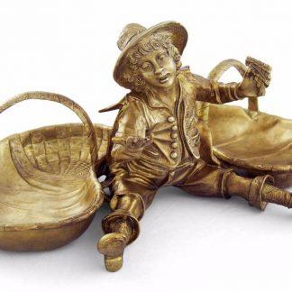 бронзовая скульптура ваза